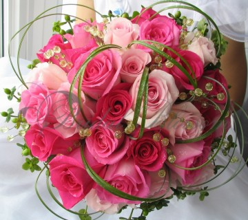 144 Pink roses