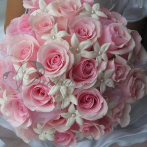 121 Soft pink roses and stephanotis