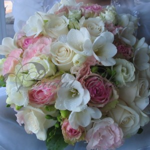 123 Spring bridal bouquet