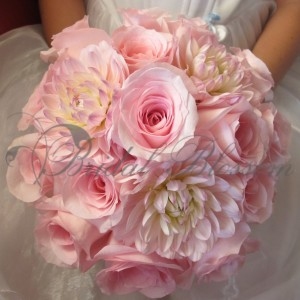 129 Pink bridesmaids bouquets
