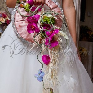 134 Purs bridal bouquet
