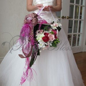135 Modern bridal bouquet