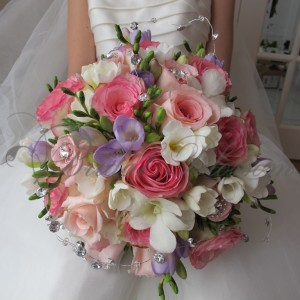 147 Romantic bridal bouquet